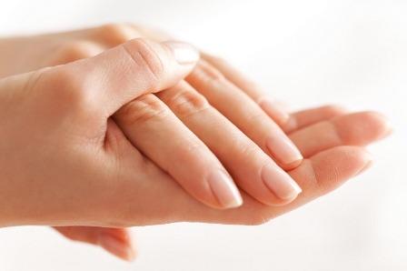 خرید و فروش لیزر دایود و الکساندرایت علت خشکی پوست و روش درمان آن چیست