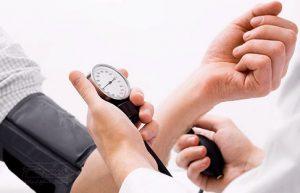 خرید و فروش لیزر دایود و الکساندرایت در خصوص علائم و راه های درمان فشار خون بیشتر بدانیم